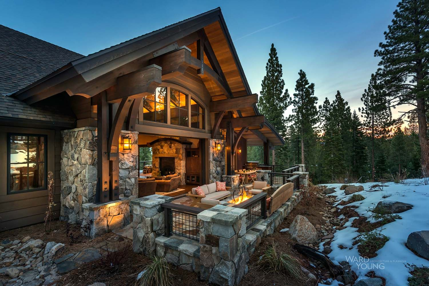 Lodge Style Home Blends Rustic Contemporary In Martis Camp Rustic House House Design Log Homes