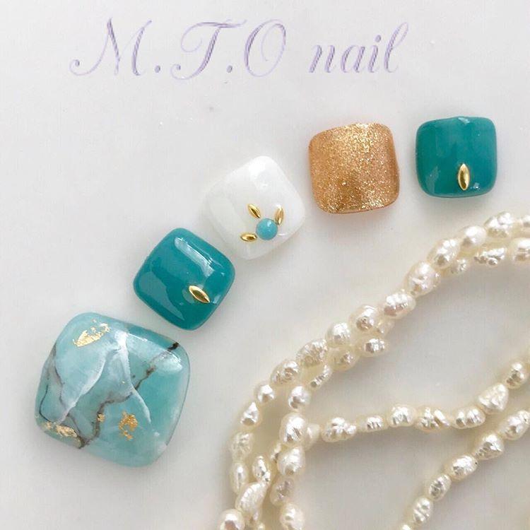 ネイルサロン M.T.OnailさんはInstagramを利用しています「 フットネイル🐾 大理石風ネイル✨ * ターコイズブルーネイル  ターコイズブルー 大理石ネイル