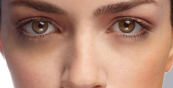 6 Effective Ways to Use Essential Oils for Dark Circles ...