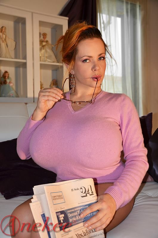 Anekee Van Der Velden Big Women Women Wifes Mom