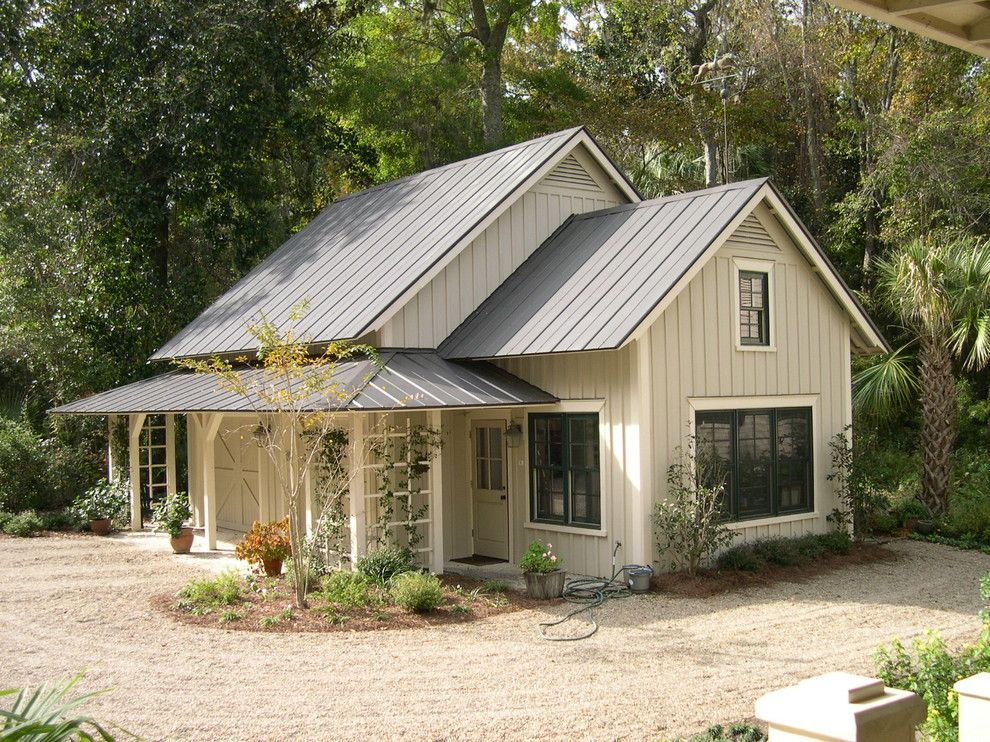 Astonishing White house with metal roof exterior farmhouse