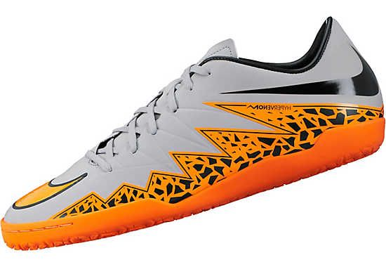 relajado Umeki Digno  Shop Nike Hypervenom Phantom Soccer Cleats - SoccerPro.com | Best soccer  shoes, Soccer shoes, Soccer boots
