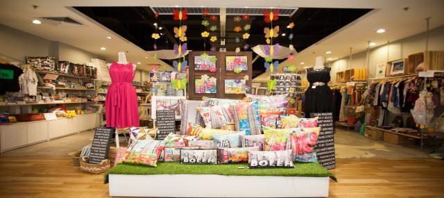 Shop Rent Laxmi Nagar Store Decor Shop Front Design Shop Window Design