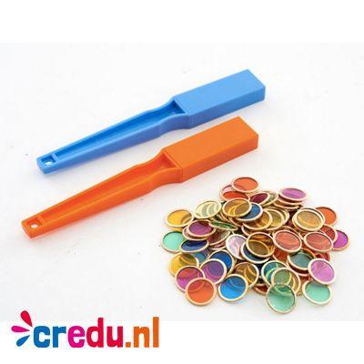 Twee magnetische staven - http://credu.nl/product/twee-magnetische-staven-met-100-chips/