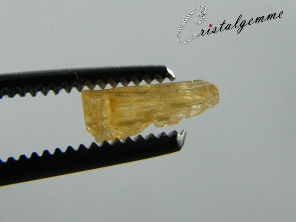 Cristal de topaze impériale de 2.05 carats