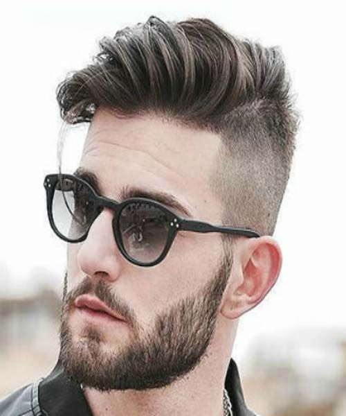 This Is A Popular Men S Hairstyle Right Now Which It Seems To Be