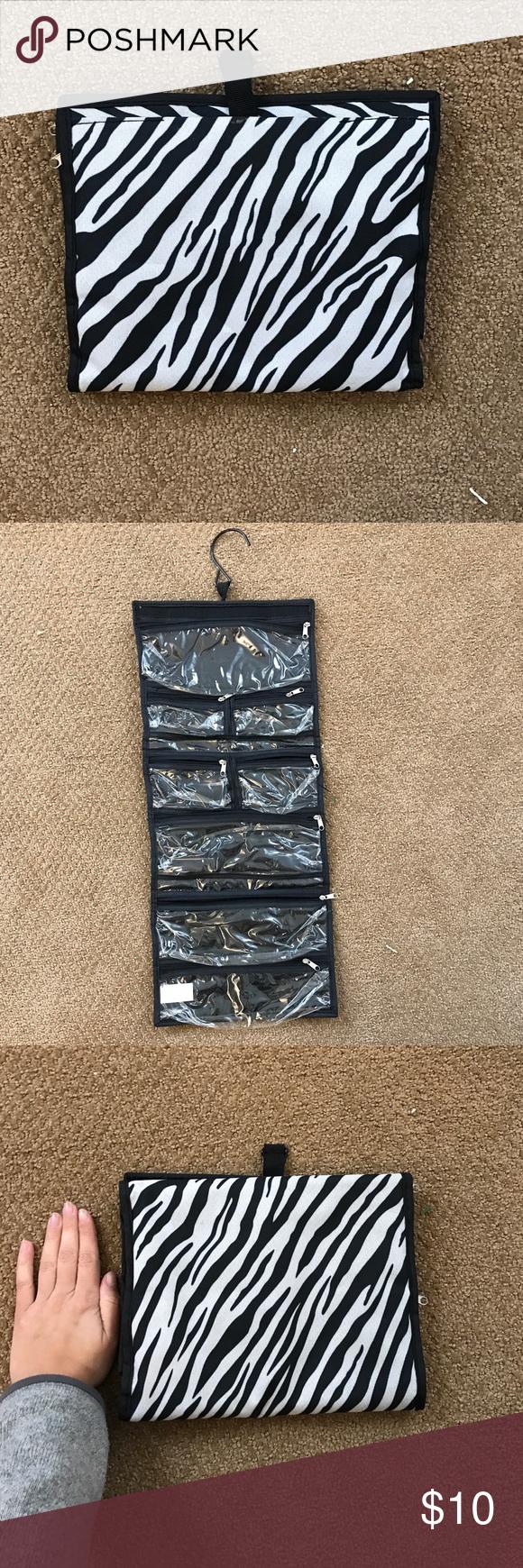 Hanging Jewelry Organizer Travel Bag