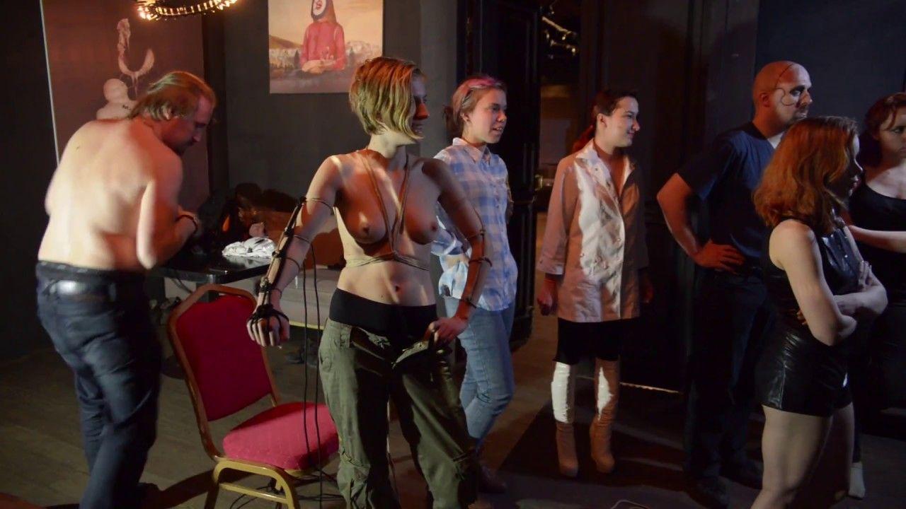 Секс шоу театр