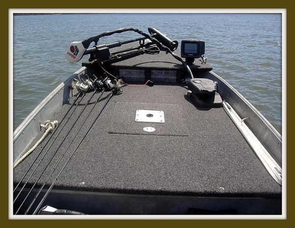 Jon Boat on Pinterest Duck Boat Blind, Duck Hunting Boat and Bass