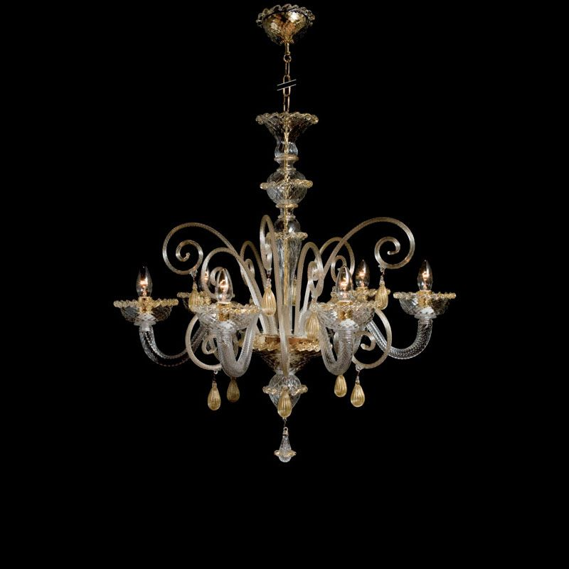 TIZIANO chandelier The Titian chandelier in Murano glass, with its classic line diffuses light in every room, creating a unique atmosphere and timeless.
