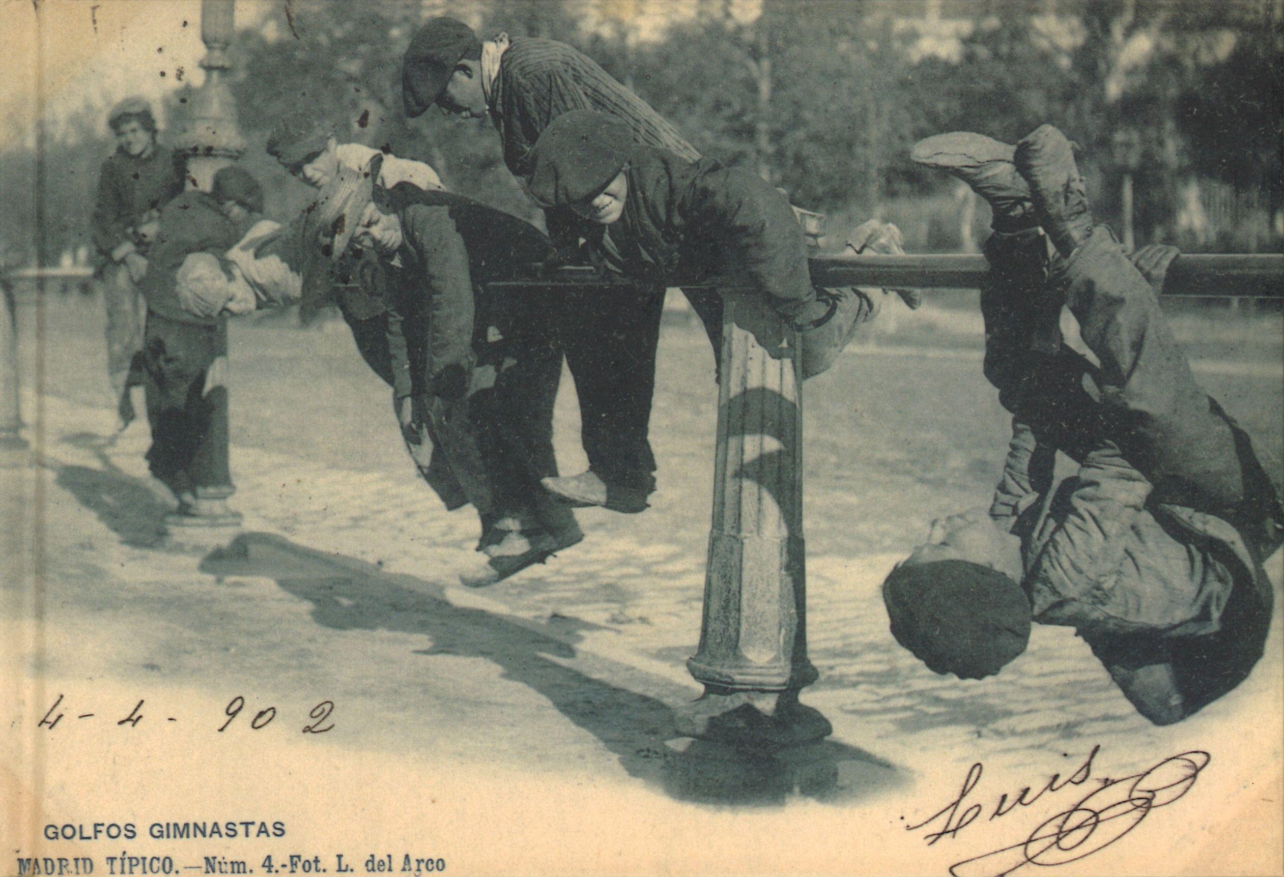 Un siglo de tarjetas postales en España