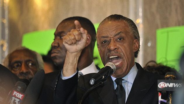 AL SHARPTON SAYS WE NEED BACKGROUND CHECKS ON GUNS TO SECURE BOMBINGS??? REALLY >>WHAT PLANET DID YOU COME FROM!!!!