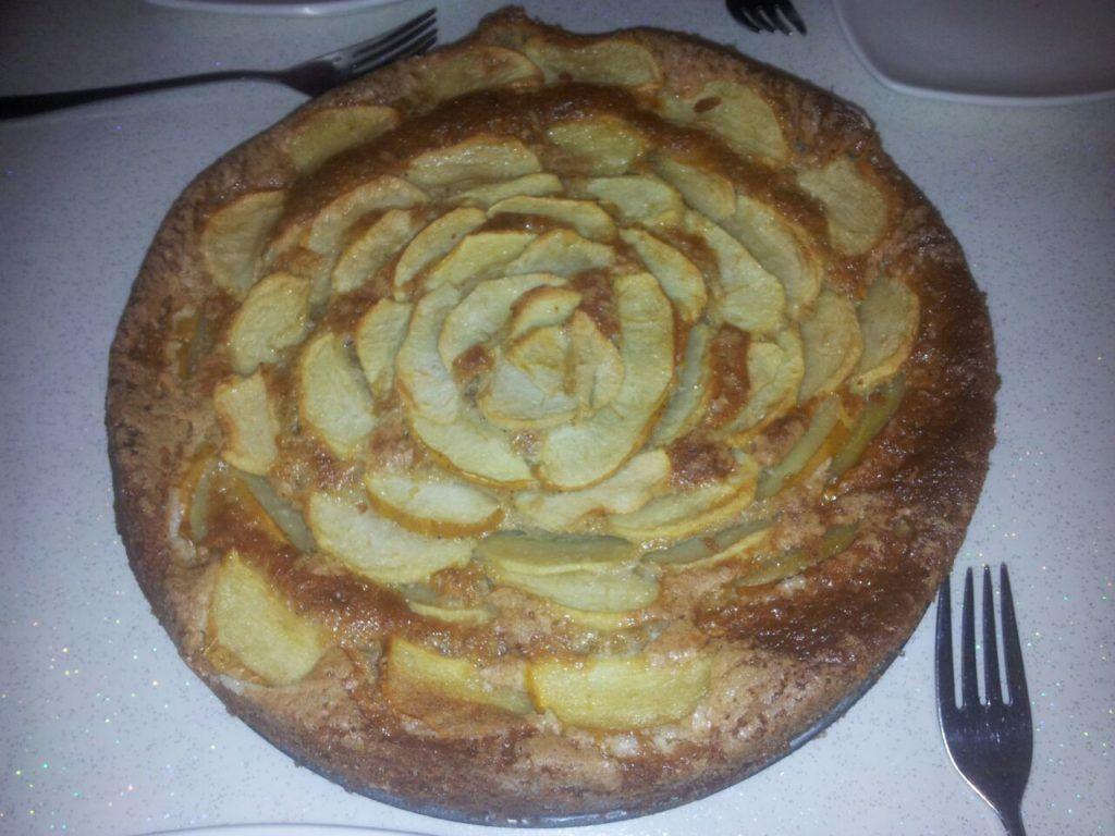 كيكة التفاح بالتمر والقرفة رائعة واقتصادية Food Desserts Pie