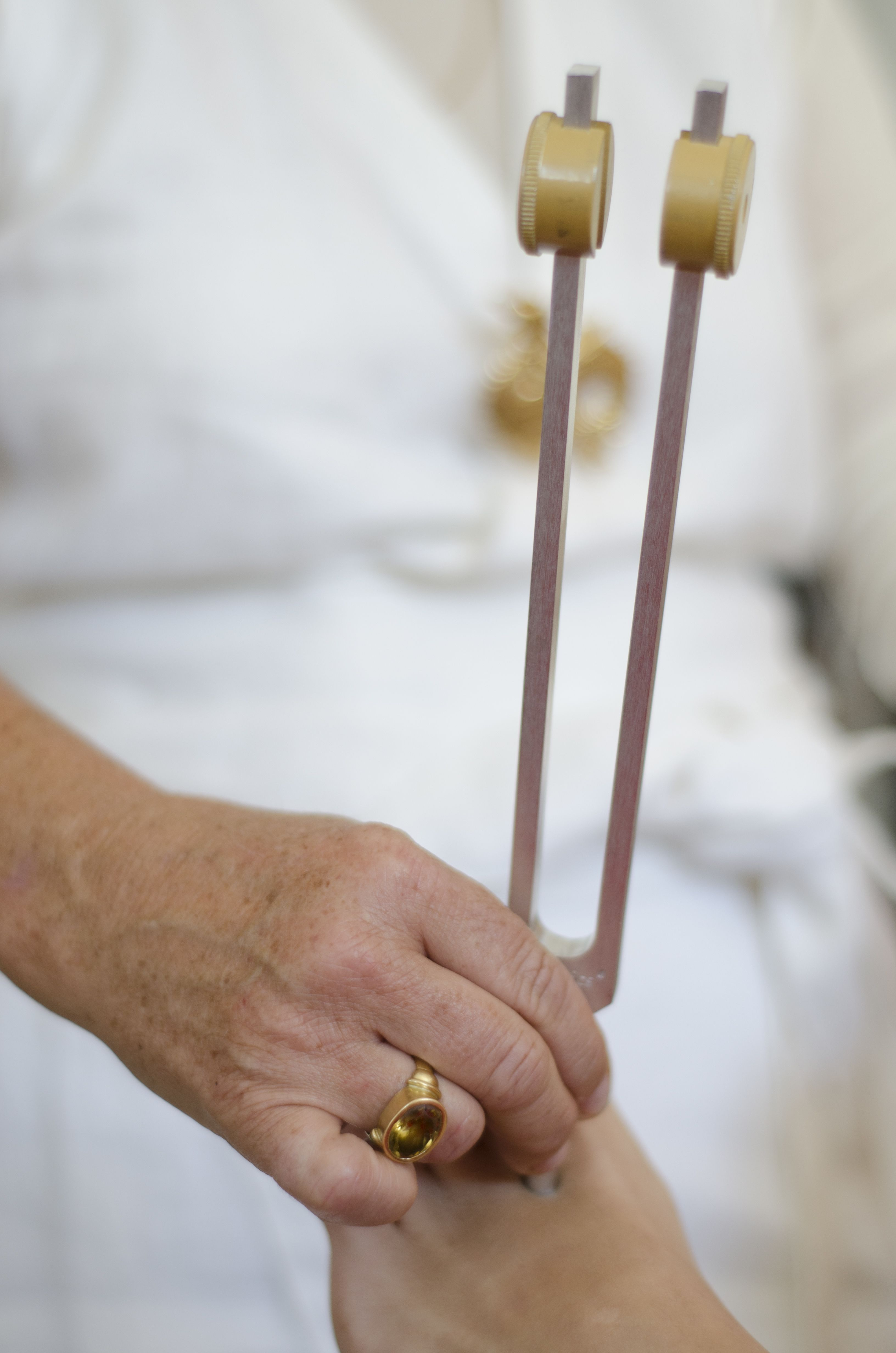 Sound Therapy and Body Tuning using Tuning Forks. Assists