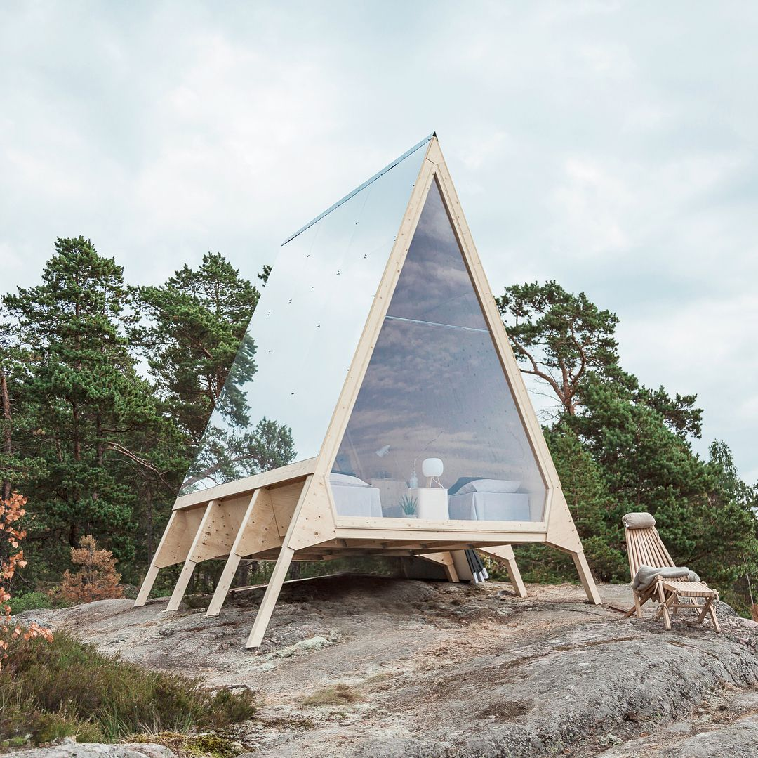There\'s something especially endearing about tiny A-Frame homes ...