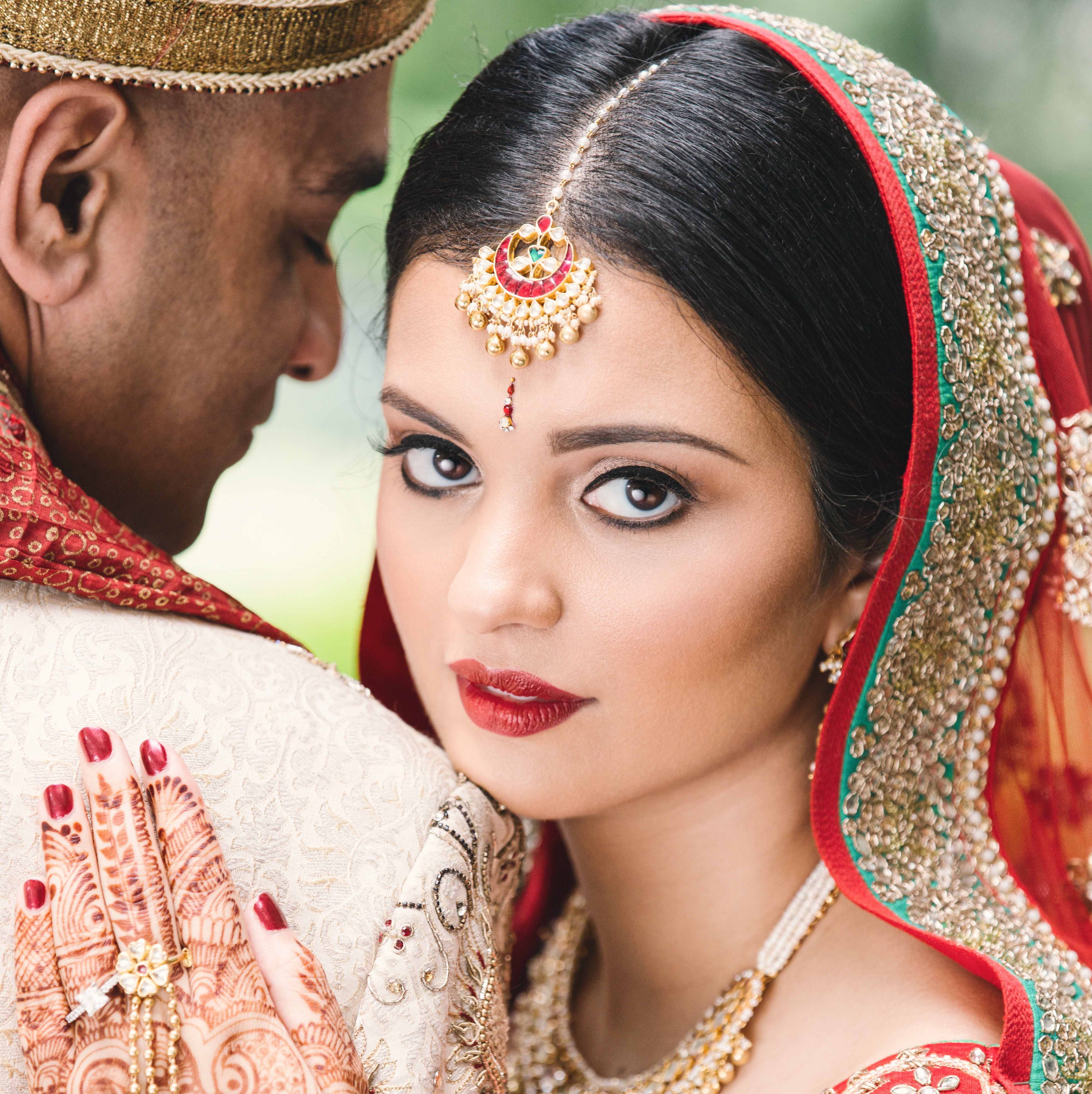 Red is one of the most stunning wedding day colors and the