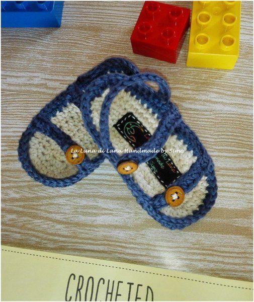 Scarpine per neonati - Sandalini estivi in cotone per maschietto - un prodotto unico di LaLunadiLanaHandmadebySimo su DaWanda