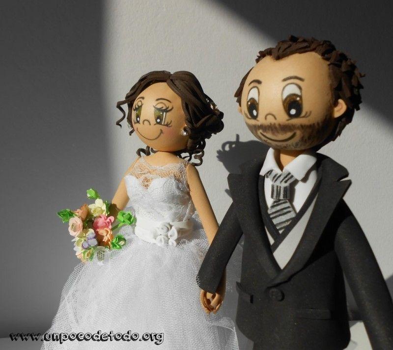 www.unpocodetodo.org - Fofuchas para tarta de boda de Ángela y Miguel - Fofuchas - Goma eva - boda - crafts - manualidades - wedding - 1