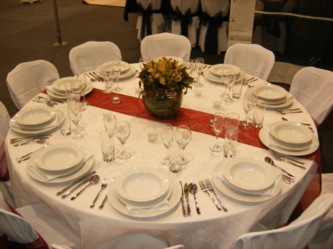 Dinner party setting · Round Table ... & Dinner party setting | Party/Holiday/Events: Setting the Table ...