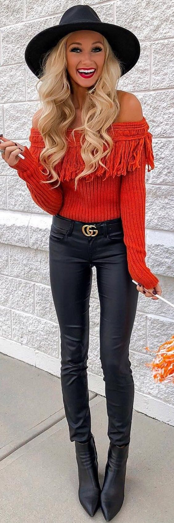 4e336dd17f16 Autumn Trends 2018 – All The Key Looks To Know  womensfashion  fall   streetstyle  outfitideas  autumn