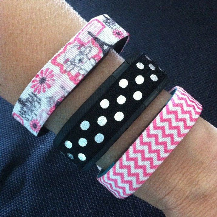 NEW!! Fitbit Alta, Flex, Charge & ChargeHR Elastic Bands, Set/3: Paris Poodle (PA10), Black/White PolkaDots (PD06), Pink Mini Chevron (MC02) by BananaWindDesign on Etsy