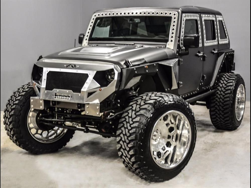 2015 Jeep Wrangler Unlimited Sport V8 HEMI CONVERSION