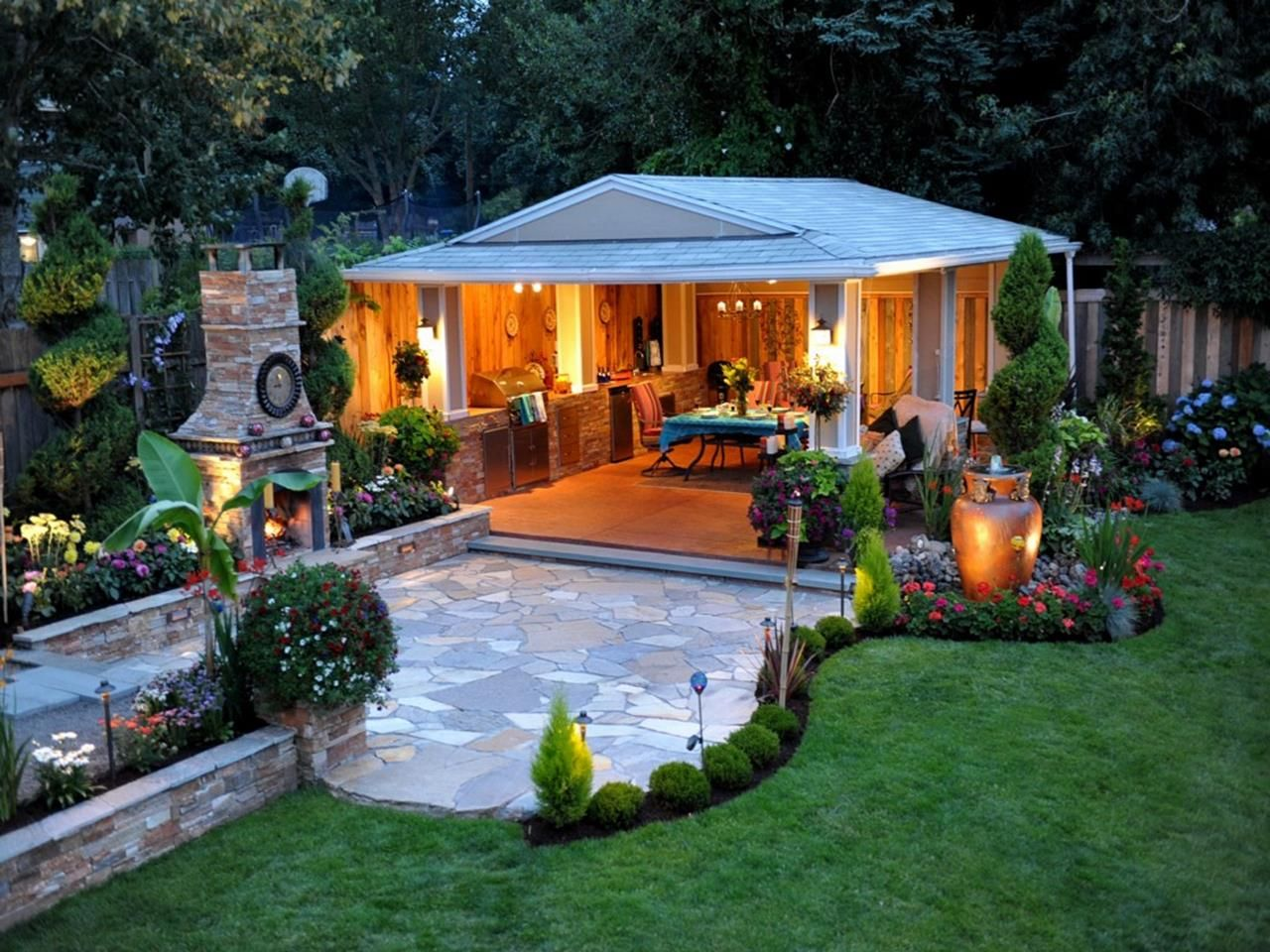 Helpful Landscaping Tips For Creating The Perfect Yard Craft And Home Ideas In 2020 Diy Backyard Patio Small Backyard Landscaping Patio Landscape Design