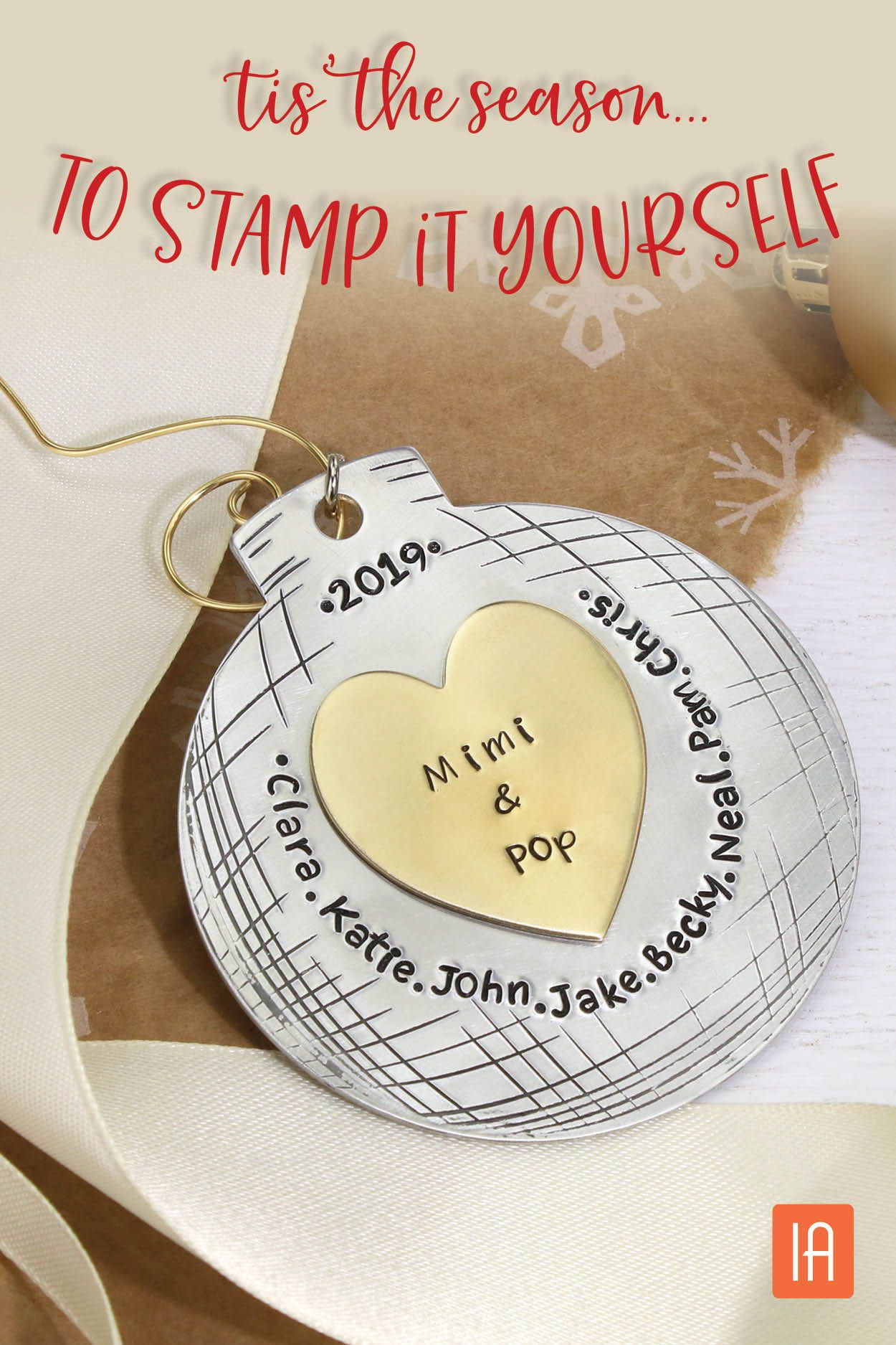 Make your own #DIY Custom Stamped Christmas Ornaments # ...