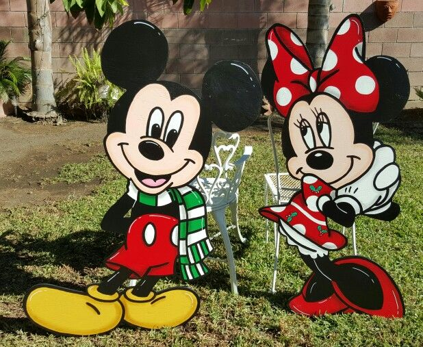 Christmas Mickey and Minnie Lawn Signs Yard Art/Christmas - disney christmas yard decorations