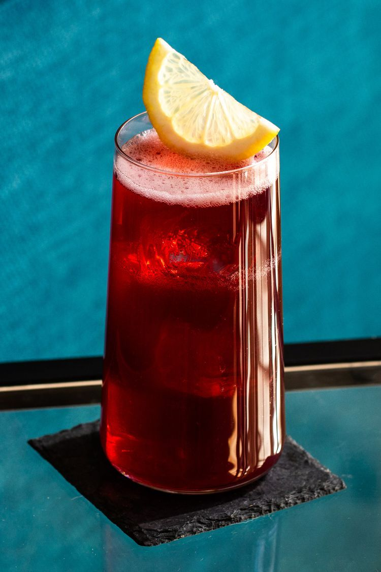 Get The Health Benefits Of Kombucha And Red Wine In This Sangria In 2020 Kombucha Kombucha Benefits Sangria Cocktail