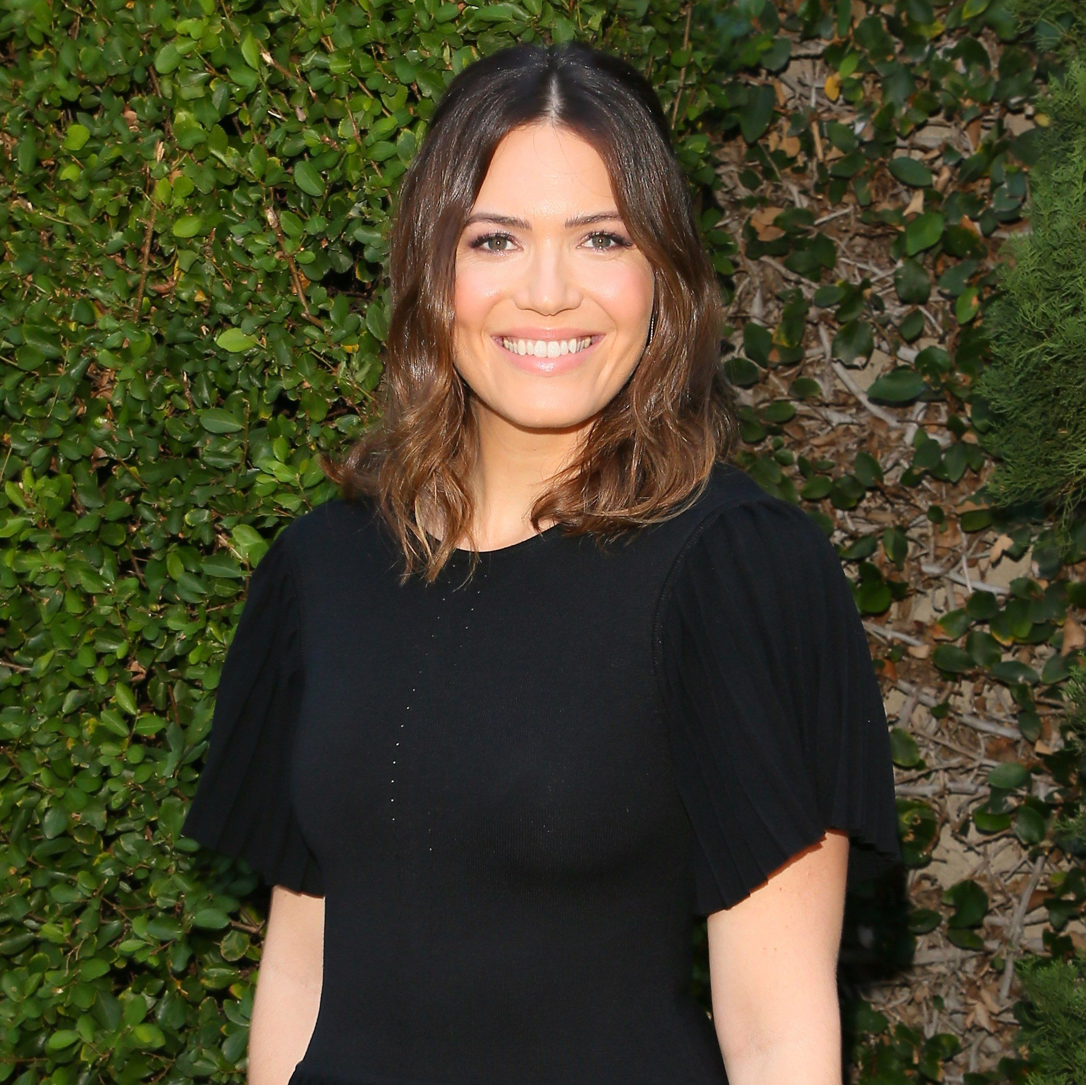 Mandy moore met her fianc in a very 2017 way wedding mandy moore met her fianc in a very 2017 way baditri Image collections