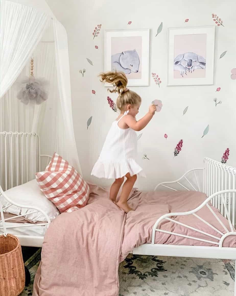 Ikea Minnen Bed Review The Perfect Toddler Bed Making Home Pretty Toddler Girl Room Toddler Bed Girl Girl Room