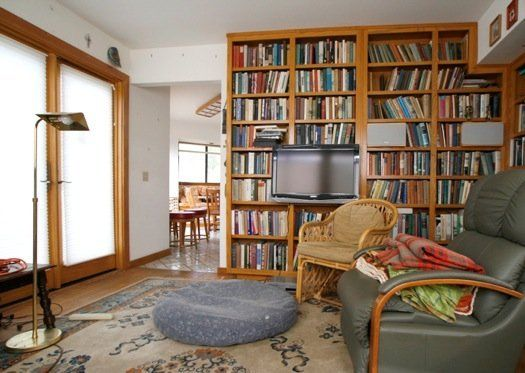 Before and After: Incorporating a Flat Screen TV into a Bookcase ...