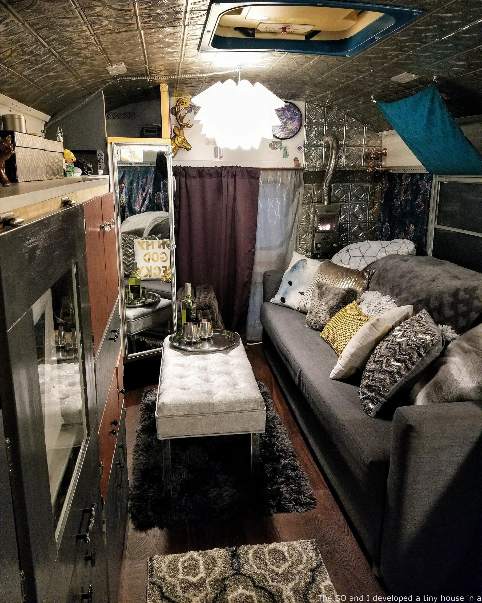 Cozyplaces The So And I Developed A Tiny Household In A University Bus Here S The Residing Space In 2020 With Images Small Room Decor Building A Tiny House Apartment Room