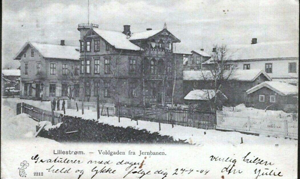 Akershus fylke Skedsmo kommune Lillestrøm Jernbanegata/ Voldgata brukt 1904 Tårnhuset Simygården utg P . Alstrup