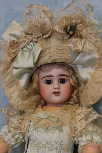19-E-D-French-Bebe-Doll-Etienne-Denamur-Antique-Bisque-Mohair-wig-1895