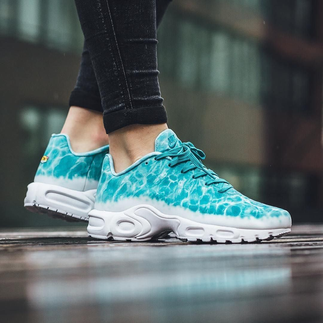 promo code e6f9e e4342 Sneakers women - Nike Air Max Plus GPX (©titoloshop)