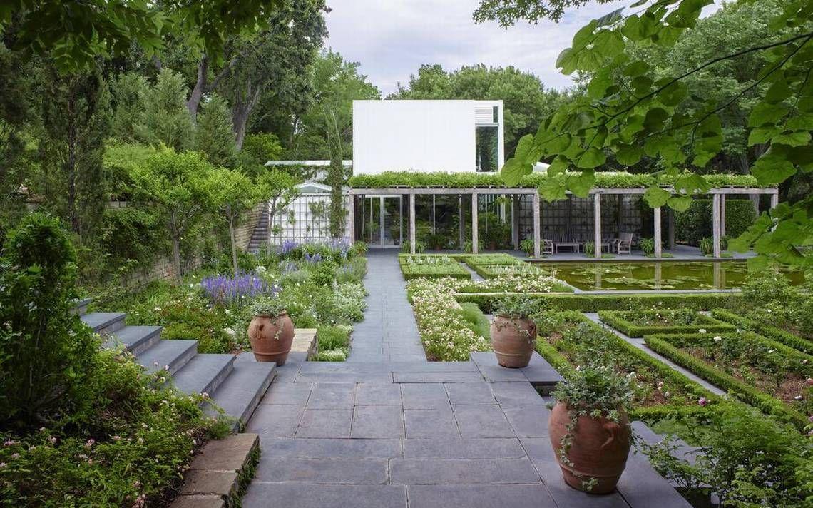New Book Highlights The Garden Of Anne Bass Garden Landscape