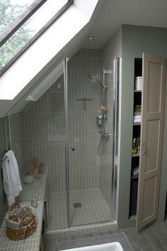 Salle de bain : une douche à dimension
