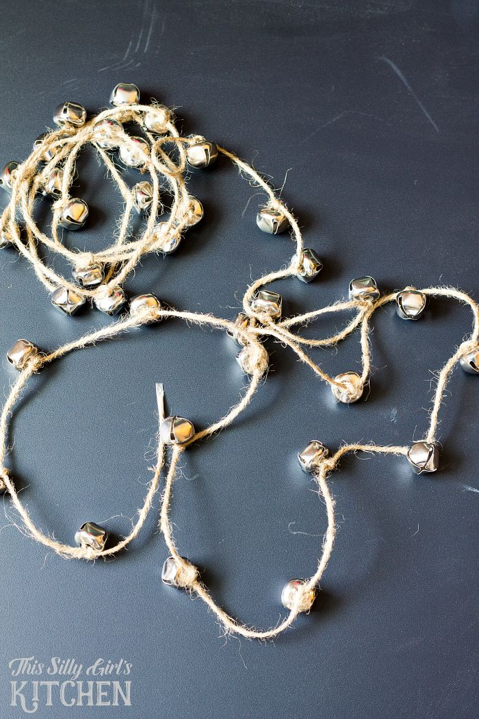 DIY Jingle Bell Acorn Garland From This Silly Girls Kitchen