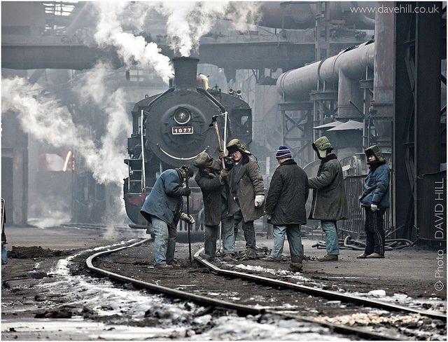 Beitai Track Workers by channel packet, via Flickr