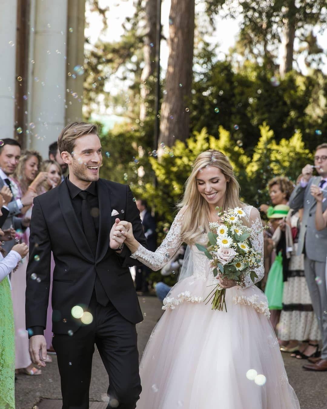 Felix Kjellberg & Marzia Bisognin HD Wallpaper | Wedding ...