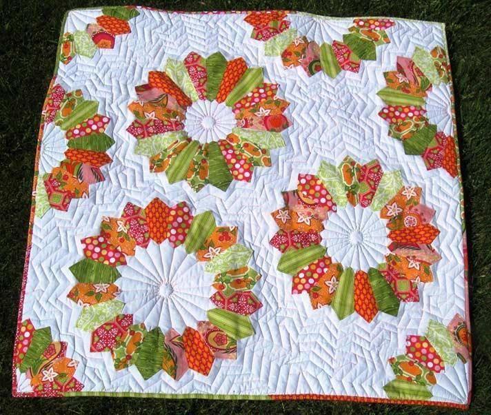 10+ Modern Flower Quilt Patterns You'll Love | Dresden, Patterns ... : applique quilt block patterns - Adamdwight.com