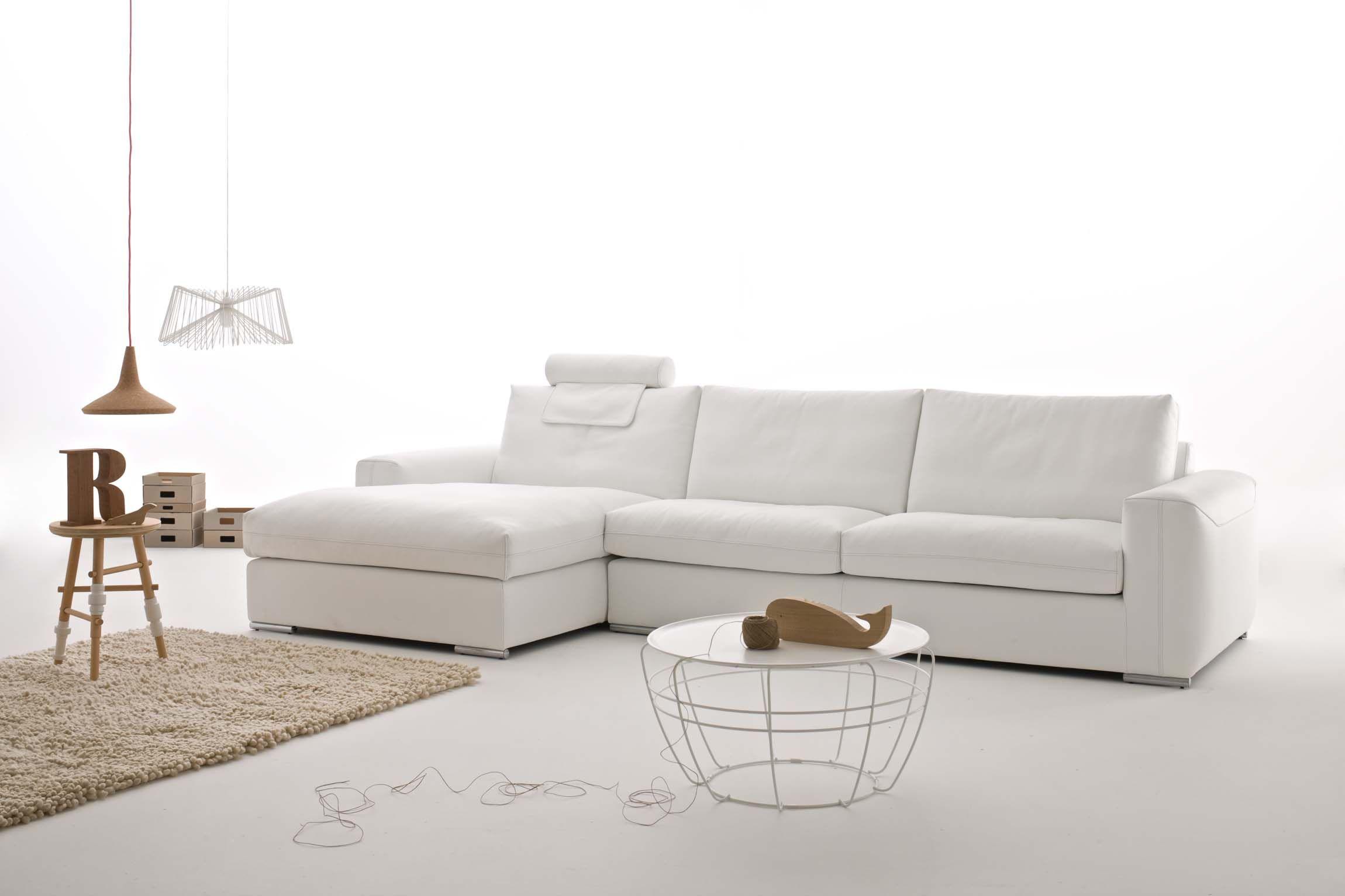 Wild Sofa designed by Enzo Ballardini by Alberta Pacific