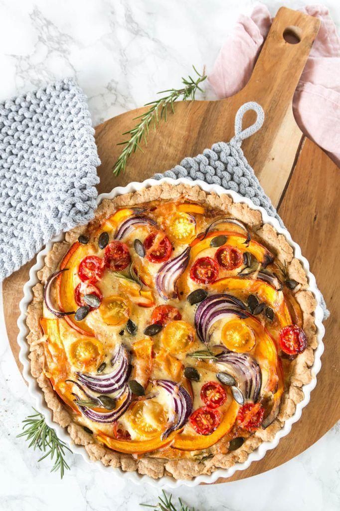 Herbstliche Quiche mit Kürbis | ars textura - DIY Blog & Food #saladeautomne