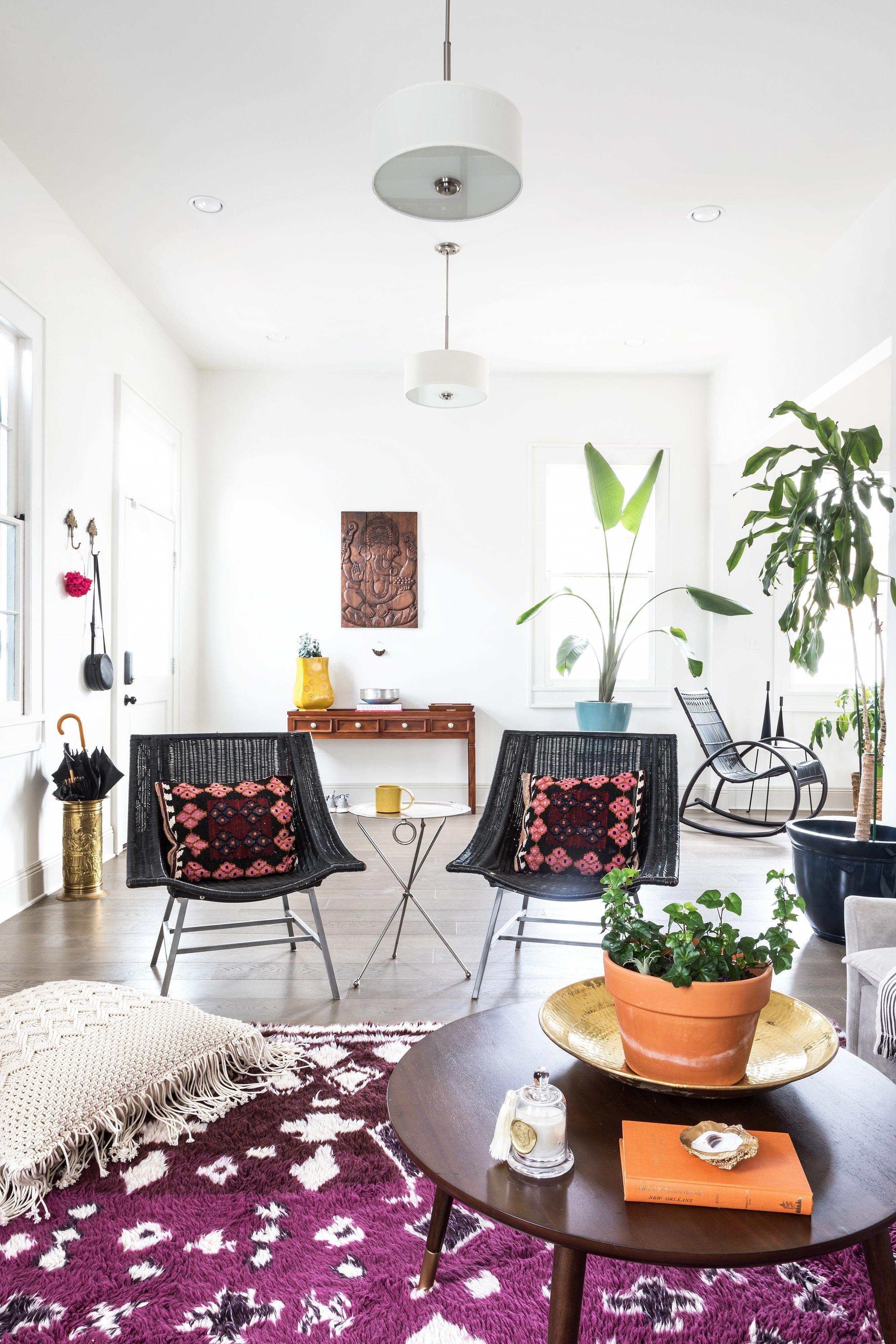 Essential Apartment Decor Ideas | Bohemian chic decor ...