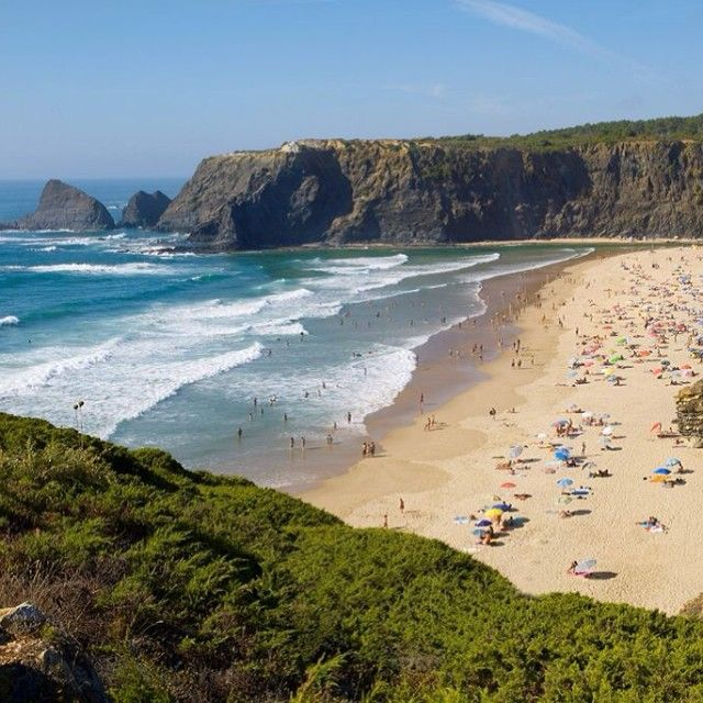 Best Beaches in Portugal! | TripAdvisor users place 8 Algarve beaches in the Top 10 ranking! Which one will you pick to visit? bit.ly/19dp7aO #algarve #beach #travelgram #travel #portugal #picoftheday (photo by Helio Ramos)