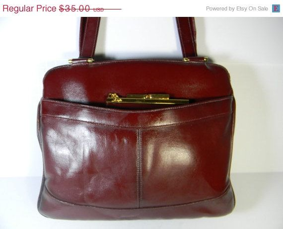 Lou Taylor Vintage Handbag Featuring The Famous Swivel Mirror Inside And Change Purse