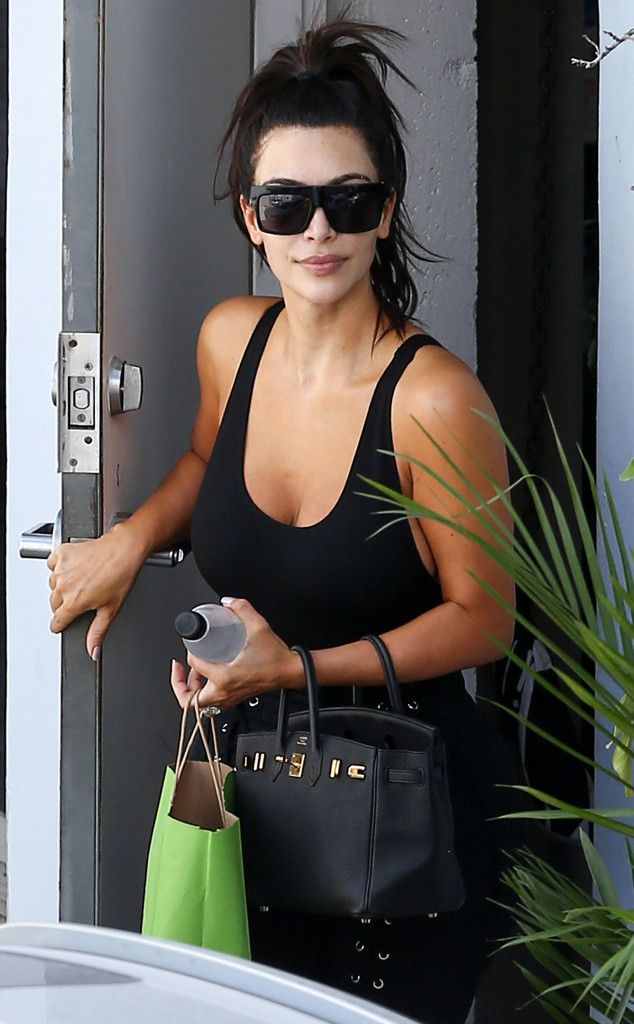 Kim Kardashian from The Big Picture: Today's Hot Pics  The E! staris spotted leaving a skin care spa in Miami.