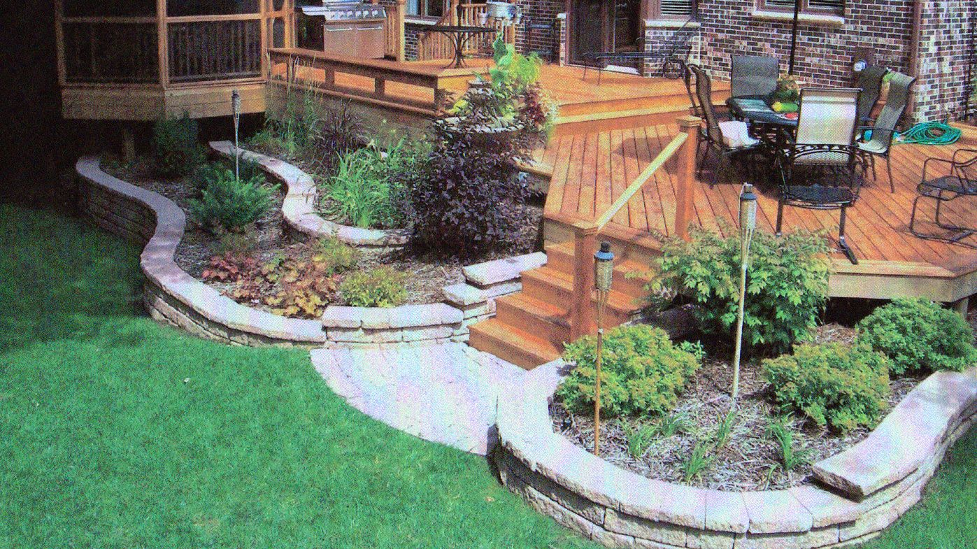 Retaining Wall Landscaping Around Deck In Rockford Il R E